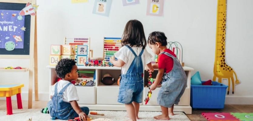 Τάξη έτοιμη μικρά παιδιά να υποδεχτεί! Βρεφική & μεταβρεφική ηλικία