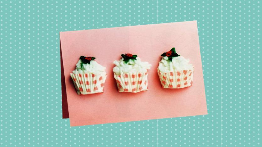 Κάρτα cup cakes για τη γιορτή της μητέρας