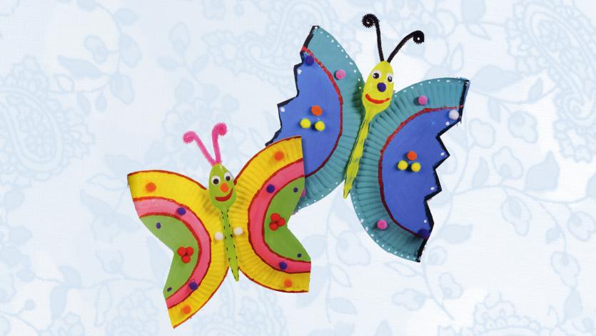 Πεταλούδες από πιατάκι του πάρτι