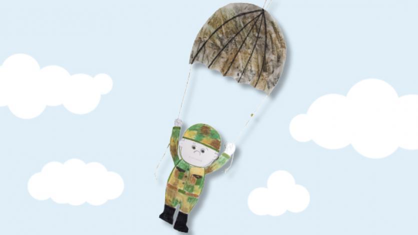 Στρατιώτης με αλεξίπτωτο για την 28η Οκτωβρίου