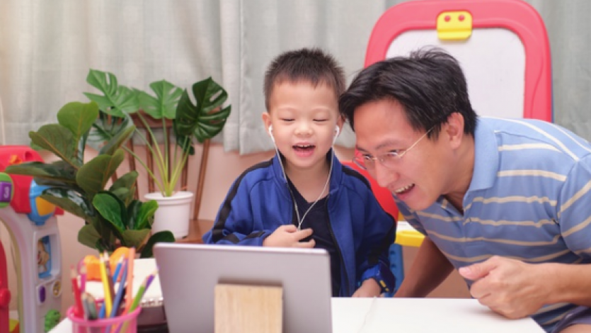 Γονείς, εκπαιδευτικοί και παράλληλοι προβληματισμοί εν καιρώ διαδικτυακής εκπαίδευσης!