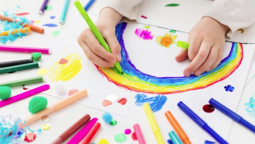 Η συμβολή της εξερεύνησης των έργων τέχνης στην αύξηση κριτικής σκέψης και της ενσυναίσθησης των παιδιών για τη φιλία και τη διαφορετικότητα στα πρώιμα χρόνια